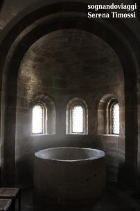 Vasca Battesimale all'interno della Collegiata