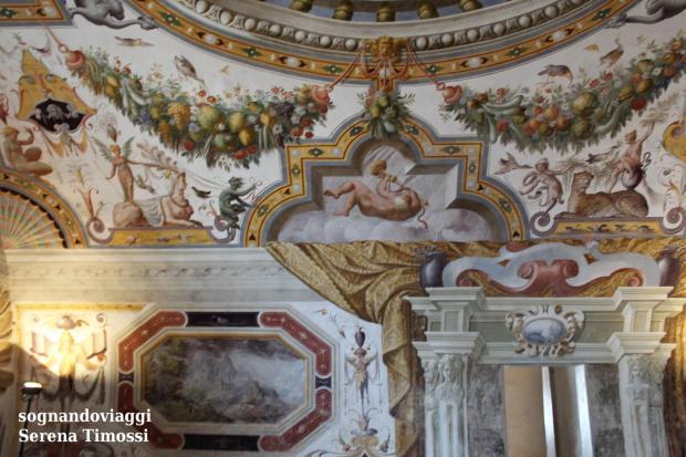 affreschi castello torrechiara