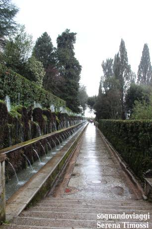 Il viale delle cento fontane