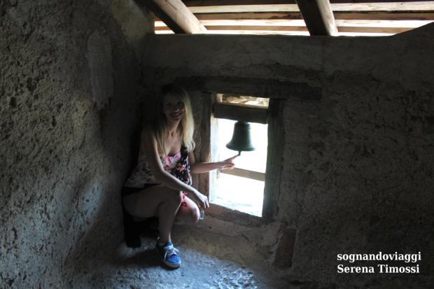 campana castello predjama