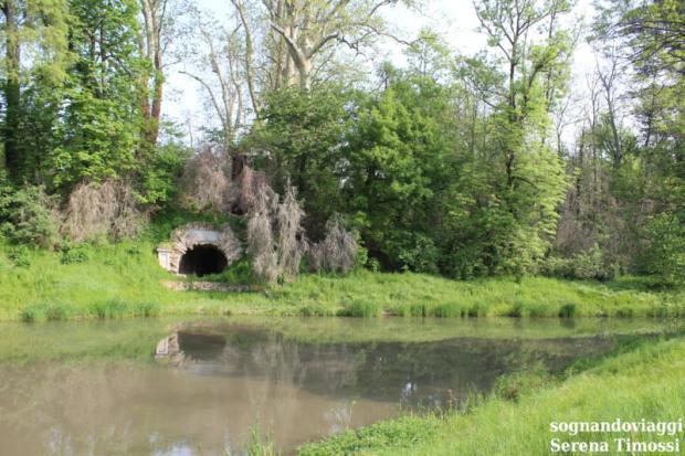 grotta mago merlino racconigi