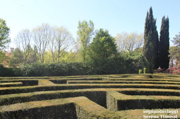 labirinto parco sigurtà