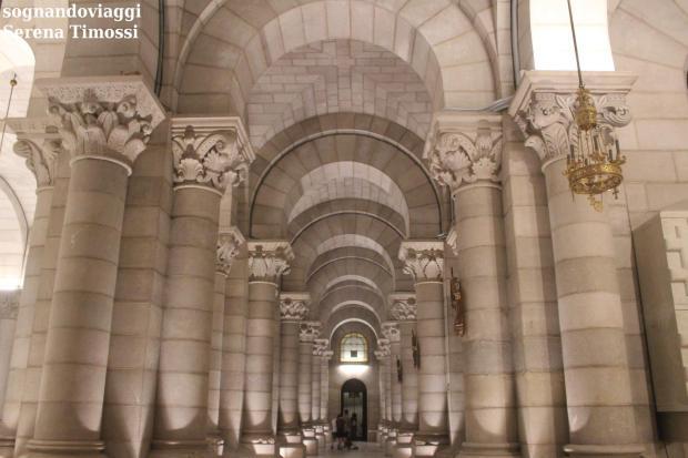 cripta Almudena Madrid